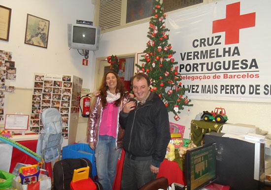 Núcleo de Reiki de Guimarães doa brinquedos a Cruz Vermelha de Barcelos