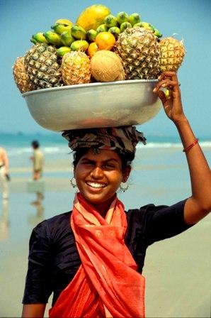 fruit-vendor-goa-india-3