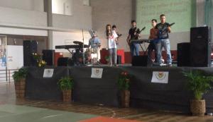 Banda Sense e voz de Carolina Lopes, letra Voar dedicada a todas as crianças com patologia oncologica e em especial a Ludgero Carvalho