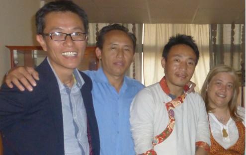 Núcleo de Lisboa recebeu uma Equipa médica de Men-Tsee-Khang, para promover a Medicina Tradicional Tibetana