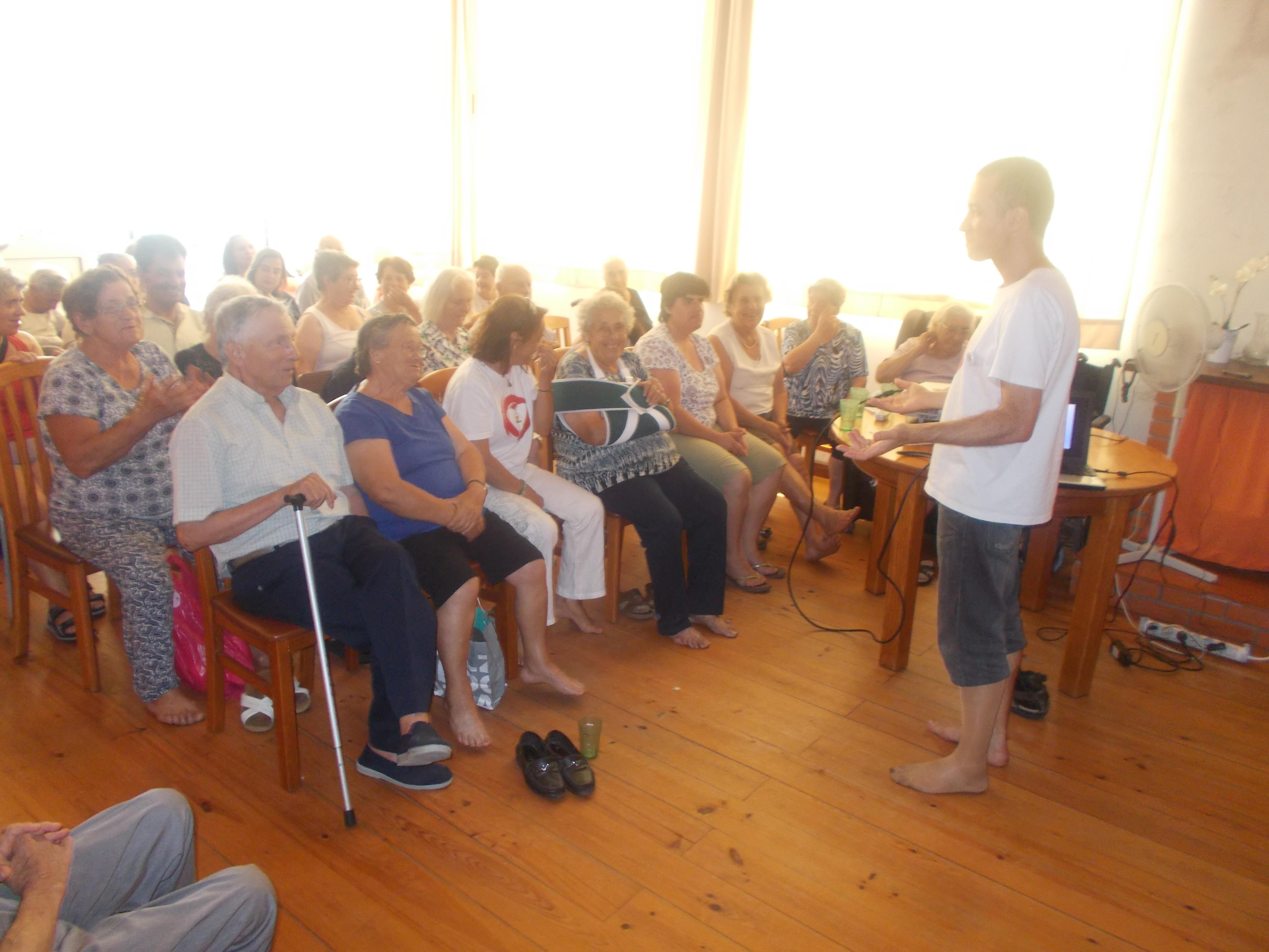 Sessão Esclarecimento na Associação Desenvolvimento Boelhe
