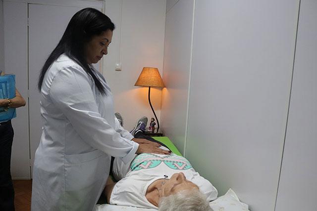 Ambulatório do HAC usa a terapia holística como tratamento complementar para os pacientes oncológicos